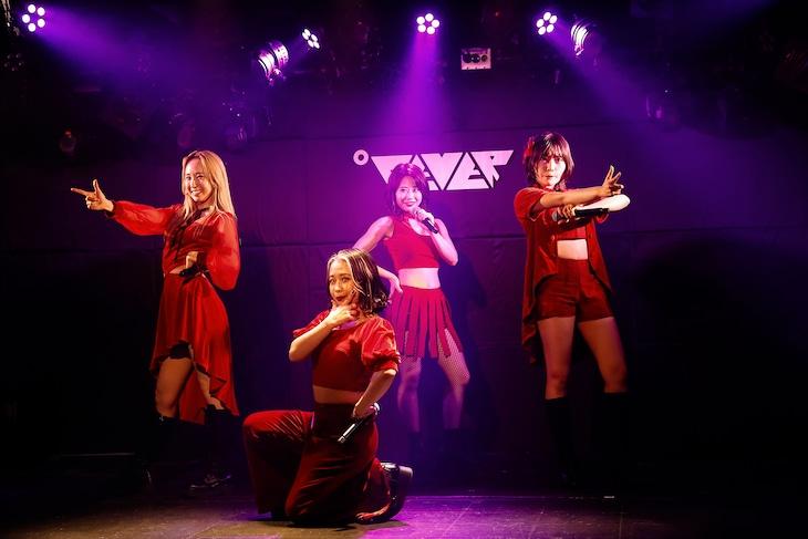 フィロソフィーのダンス「5 Years Anniversary Party」の様子。(写真提供:ソニー・ミュージックレーベルズ)
