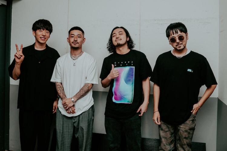 左からDJ 松永(Creepy Nuts)、ZORN、R-指定(Creepy Nuts)、テークエム(梅田サイファー)。(Photo by HiroyaBrian)