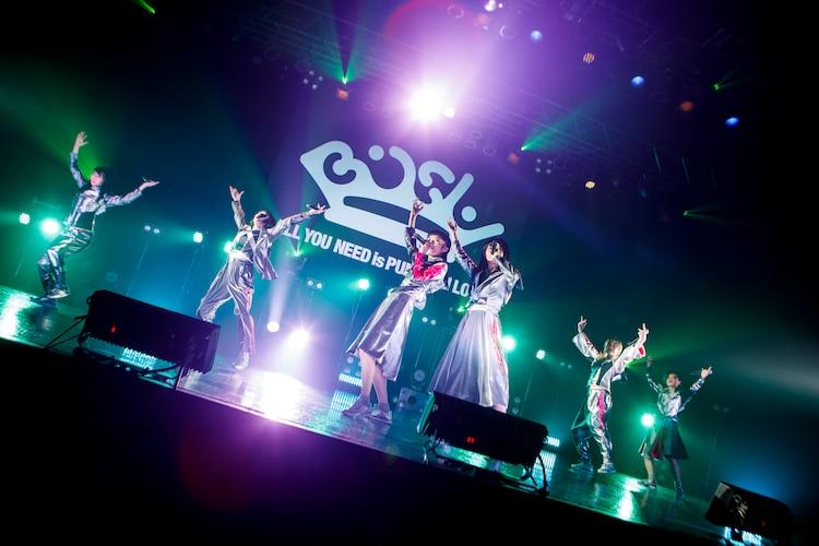 BiSH「TOKYO BiSH SHiNE6」の様子。(Photo by sotobayashi kenta)