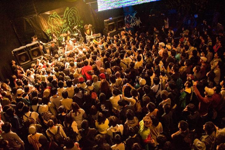 2010年、東京大学で行われた「東京BOREDOM」の様子。