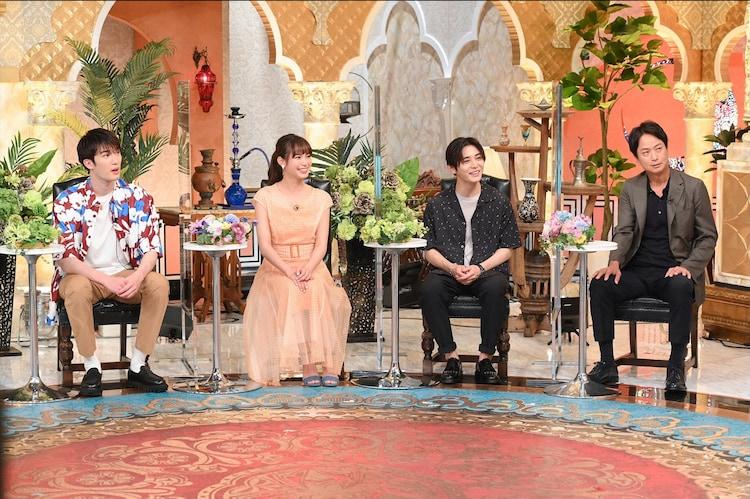 左からジェシー(SixTONES)、関水渚、山田涼介(Hey! Say! JUMP)、椎名桔平。(c)TBS