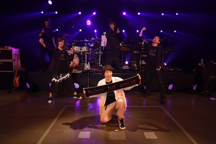 "羽多野渉「Wataru Hatano ""Online"" Live 2020 -ReIntro-」終演後の様子。(撮影:草刈雅之)"