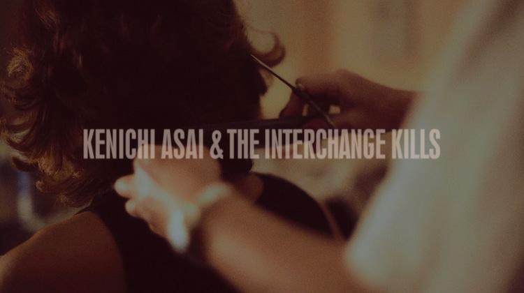 浅井健一 & THE INTERCHANGE KILLS「TOO BLUE」ミュージックビデオのサムネイル。