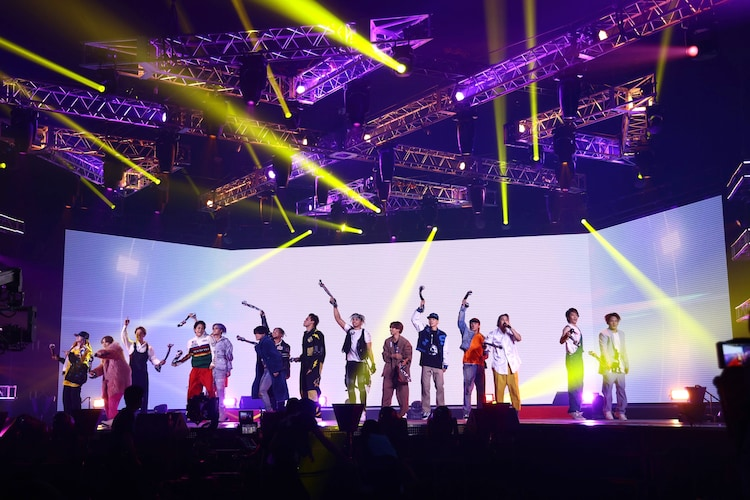 「Shangri-La」を披露するTHE RAMPAGE from EXILE TRIBE。(写真提供:LDH JAPAN)