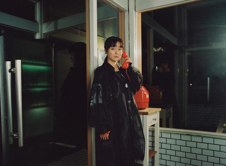 吉澤嘉代子の新しいアーティスト写真。