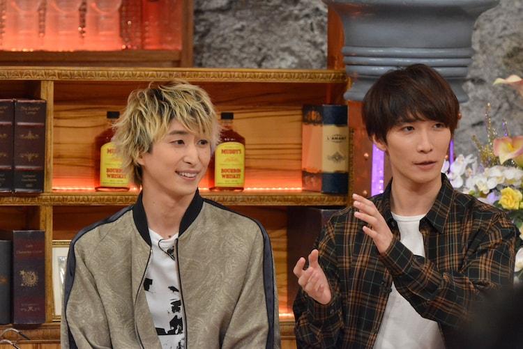 左からSnow Manの佐久間大介、渡辺翔太。(c)読売テレビ