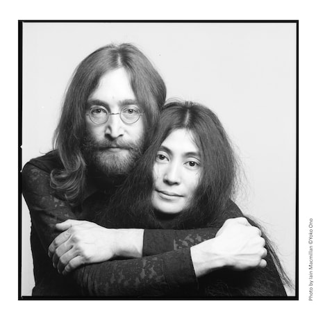 「DOUBLE FANTASY - John & Yoko」キービジュアル(Photo by Iain Macmillan (c)Yoko Ono)