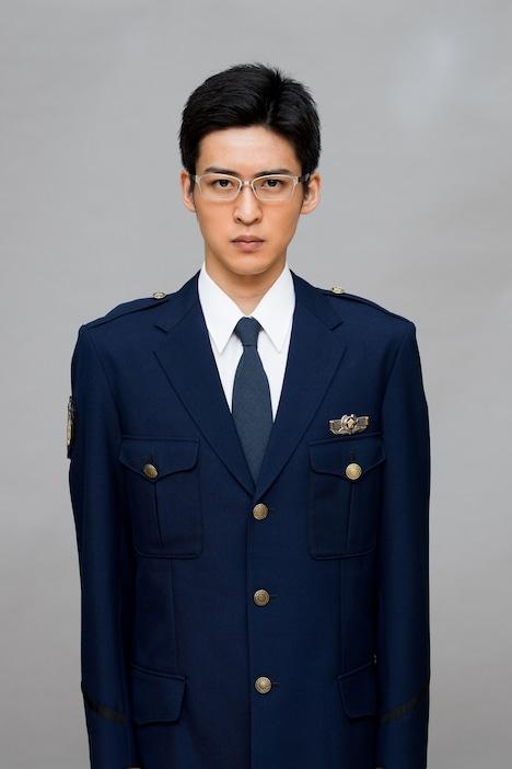 目黒蓮演じる杣利希斗。(c)フジテレビ