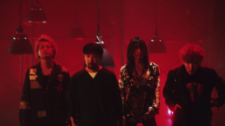 SUPER BEAVER「突破口」ミュージックビデオのワンシーン。