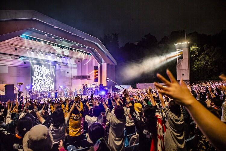 東京スカパラダイスオーケストラの大阪城音楽堂ワンマンの様子。(撮影:青木カズロー)