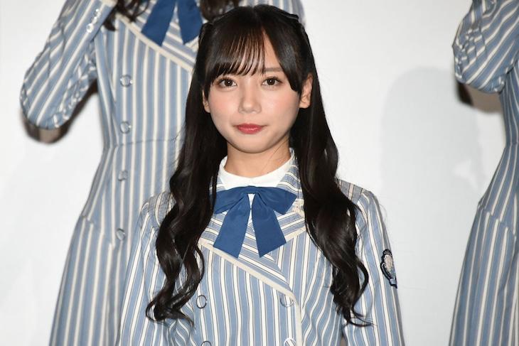 齊藤京子。昨年11月に行われた、日向坂46のドキュメンタリー映画「3年目のデビュー」の大ヒット&ロングラン上映御礼舞台挨拶の様子。