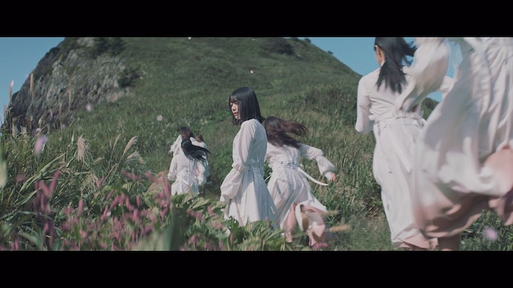 櫻坂46「Nobody's fault」ミュージックビデオのサムネイル。