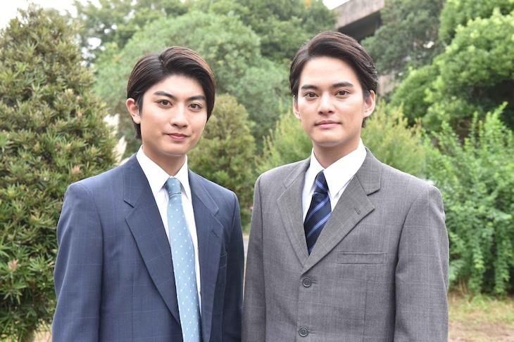 左から本高克樹(7 MEN 侍 / ジャニーズJr.)、中山優馬。