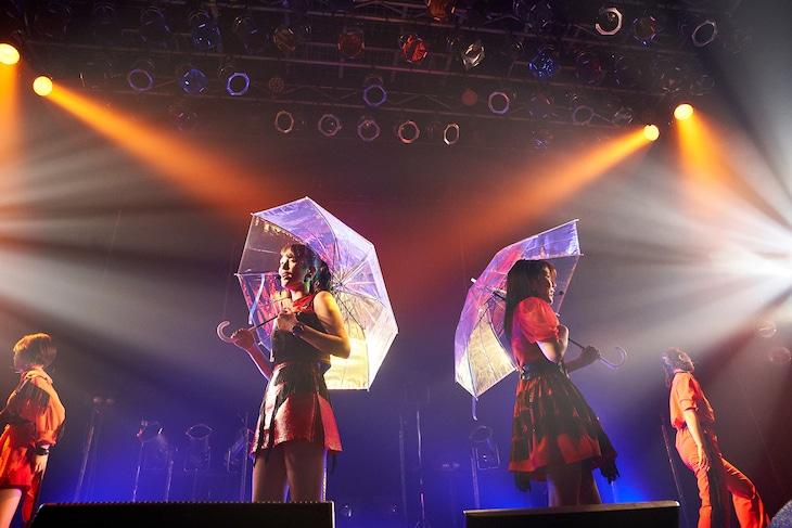 """アメフラっシ「2nd Anniversary Live""""ON AIR""""」の様子。"""