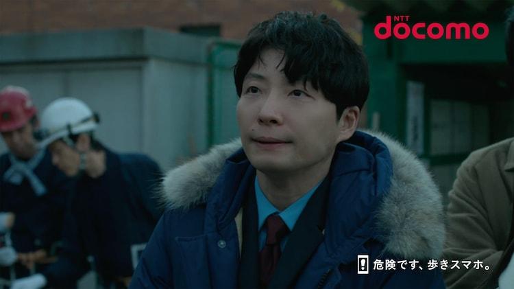 NTTドコモのテレビCM「先生からみんなへ」編より。