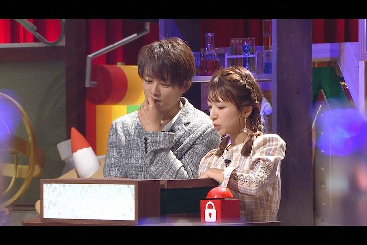 左から杉浦太陽、辻希美。(c)日本テレビ