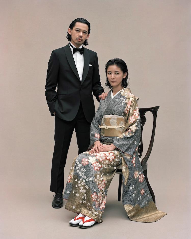 左からLEO藤井萩花。