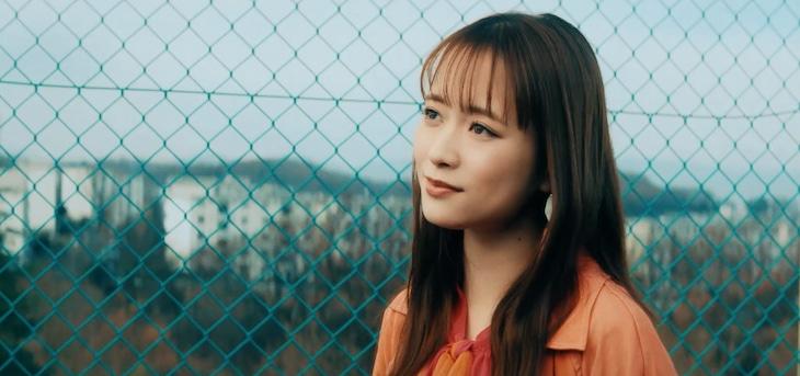 大原櫻子「STARTLINE」MVのワンシーン。