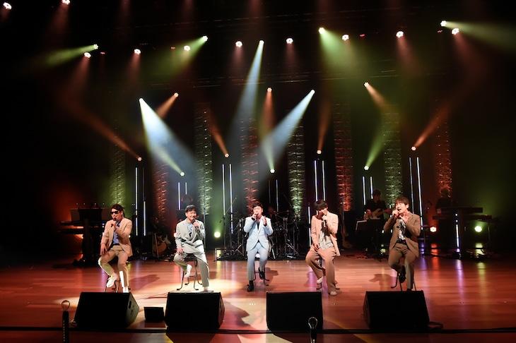 「ゴスペラーズ LIVE #ライブハウスからハーモニーを 2 ~今夜はカップリング三昧~」の様子。
