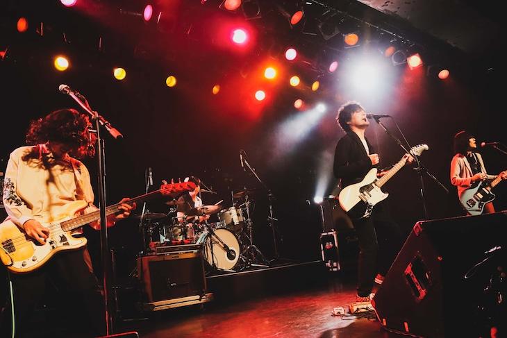 山中さわお「NONOCULAR VIOLET TOUR」東京・LIQUIDROOM公演の様子。(撮影:岩佐篤樹)