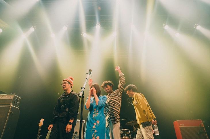 「MONO NO AWARE TOUR 2021」東京・TSUTAYA O-EAST公演の様子。(撮影:マスダレンゾ)