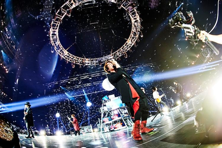 「THE ENTERTAINMENT STRIKES BACK魁☆照男達(シャイニングメン)」の様子。(撮影:田辺佳子)
