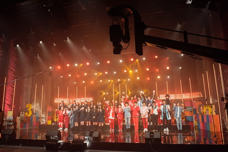 青春高校3年C組「青春高校卒業ライブ~最後に最高の自分でお別れを~」の様子。