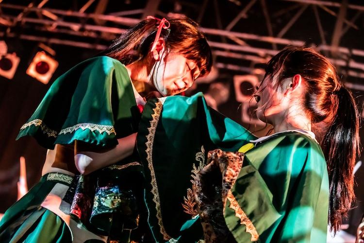 左からミミミユ、ブラジル。(撮影:Masayo)