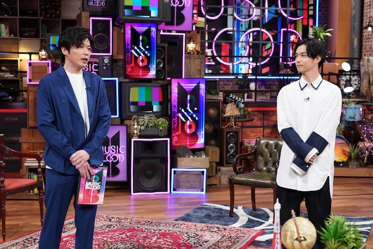 左から田中圭、千葉雄大。(c)日本テレビ