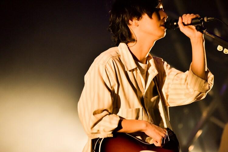 兼丸(Vo, G / the shes gone)(Photo by AZUSA TAKADA)