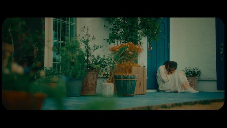 THE BEAT GARDEN「遠距離恋愛」ミュージックビデオより。