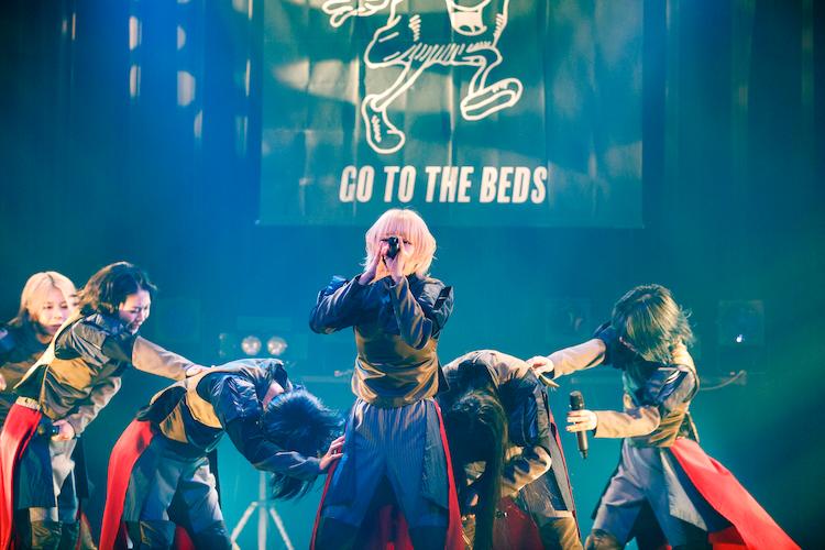 GO TO THE BEDS(Photo by sotobayashi kenta)