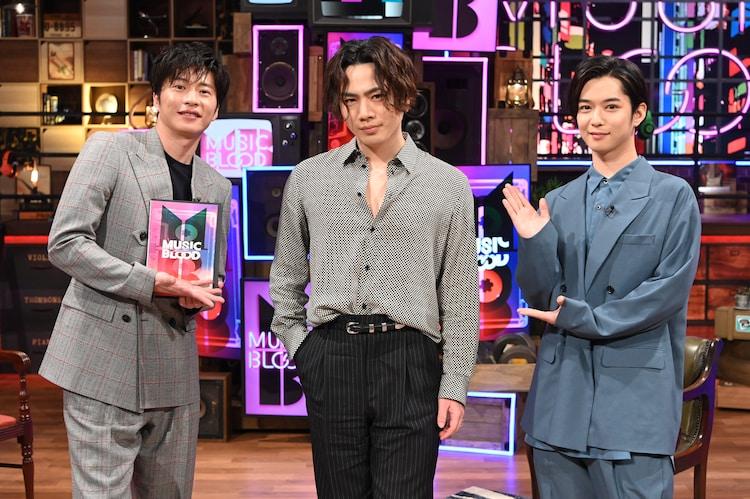 左から田中圭、OMI、千葉雄大。(c)日本テレビ