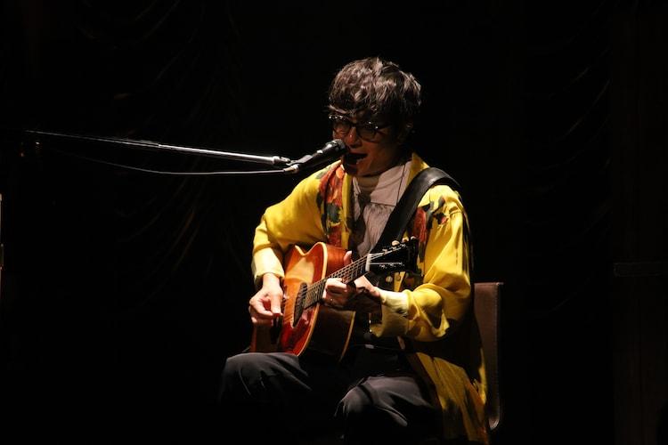 「岡野昭仁 配信LIVE2021『DISPATCHERS』」より。