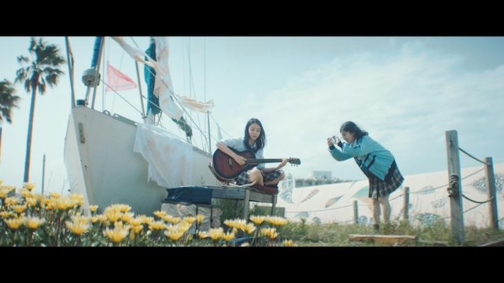 優里「飛行船」ミュージックビデオより。