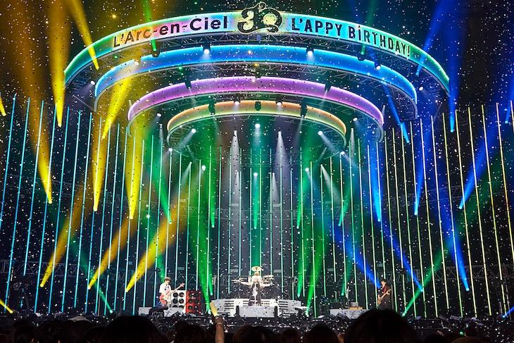 "「30th L'Anniversary Starting Live ""L'APPY BIRTHDAY!""」5月29日公演の様子。"