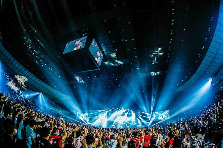 「UVERworld Premium Live 2021 at Yokohama Arena」6月12日昼公演の様子。(撮影:森好弘)