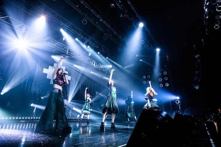 「ZOC FOR PRAYER TOUR 2021 SUMMER」東京・TSUTAYA O-EAST公演の様子。(Photo by Masayo)