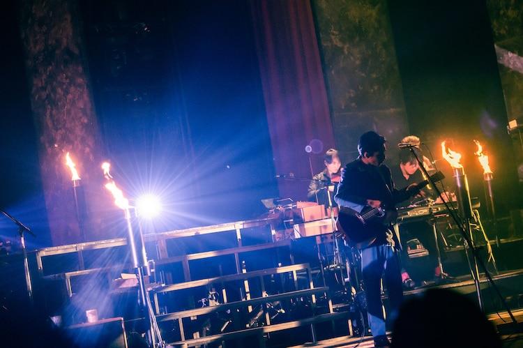 """「錦戸亮 LIVE TOUR 2021 """"Note"""" 」中野サンプラザホール公演の様子。(撮影:田中聖太郎)"""