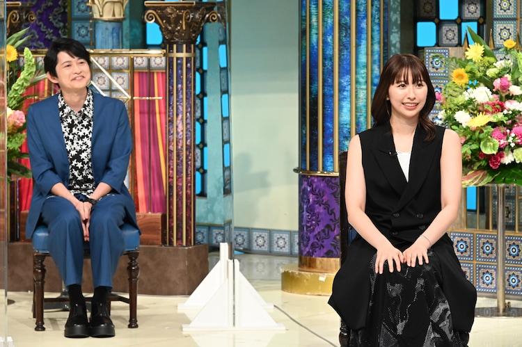 左から下野紘、玉井詩織(ももいろクローバーZ)。(c)日本テレビ