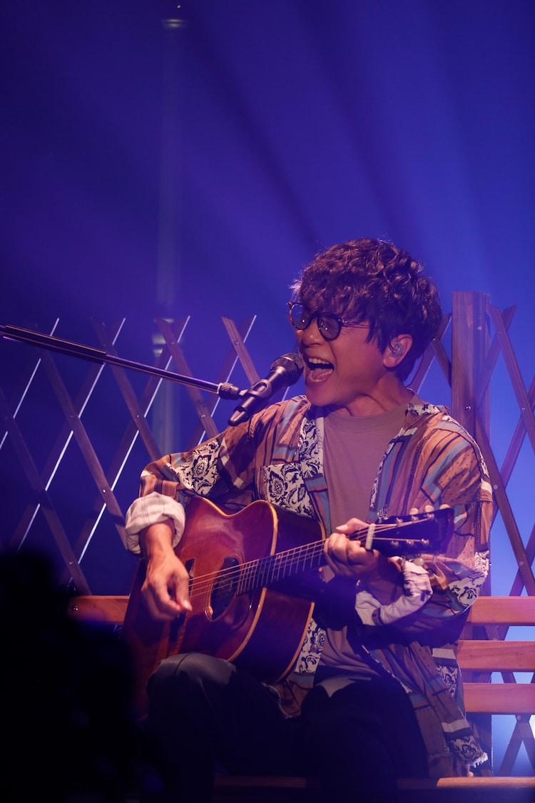 岡野昭仁(ポルノグラフィティ)(写真提供:ソニー・ミュージックレーベルズ)