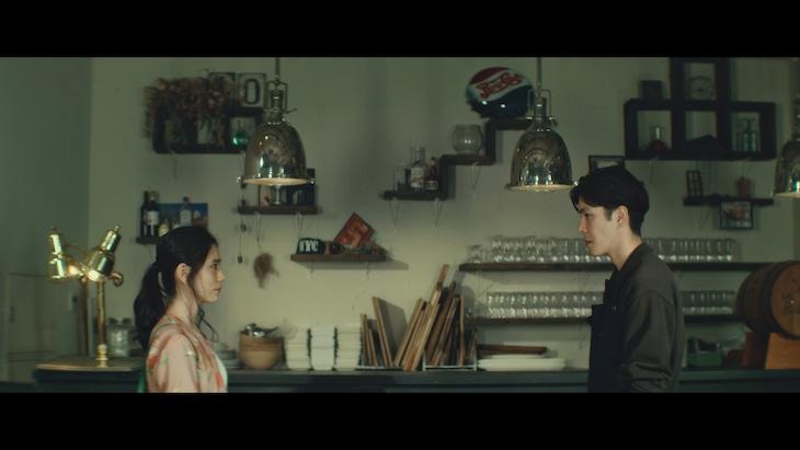 清水翔太「プロローグ feat.Aimer」MVのワンシーン。