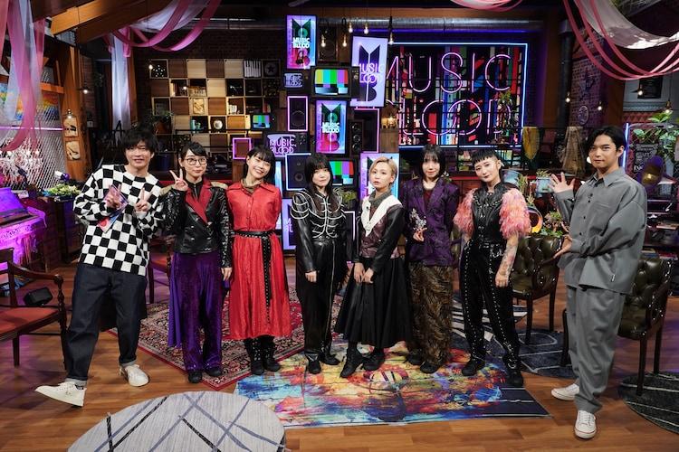 左から田中圭、BiSH、千葉雄大。 (c)日本テレビ