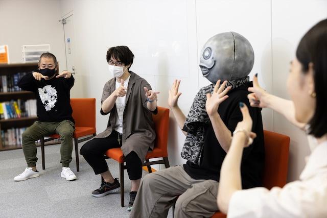 左から齊藤陽介さん、伊藤佐樹さん、ヨコオタロウさん、のっちさん。