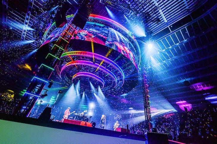 L'Arc-en-Ciel「30th L'Anniversary TOUR」大阪城ホール公演の様子。(撮影:河本悠貴)