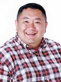 「ライオンスペシャル 第30回 全国高等学校クイズ選手権 中国大会」の応援パーソナリティを務める松村邦洋。メイン・パーソナリティにはロザン宇治原が決定している。