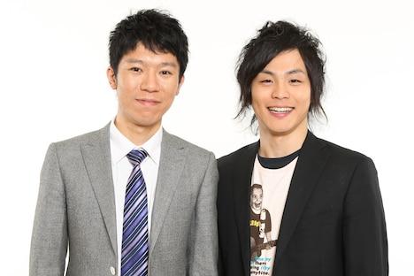 小島よしおとともに「ライオンスペシャル 第30回 全国高等学校クイズ選手権 静岡大会」応援パーソナリティを務めるモンスターエンジン。