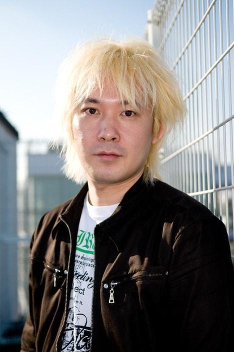 写真はメディアジャーナリストの津田大介。