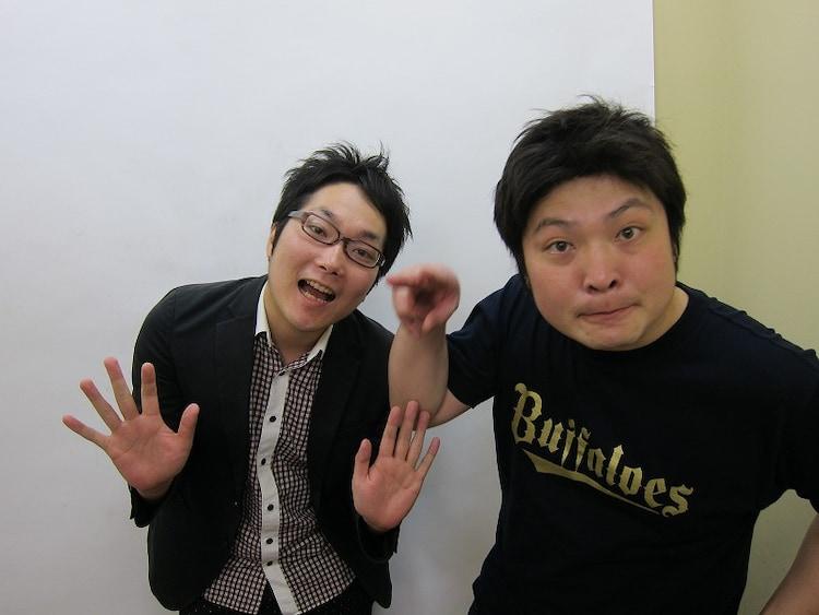 7月29日(日)に東京・北沢タウンホールにて「トンファーVタモンズ ~うん、またやるんだね うんまたやるよ うん~」を開催するタモンズ。