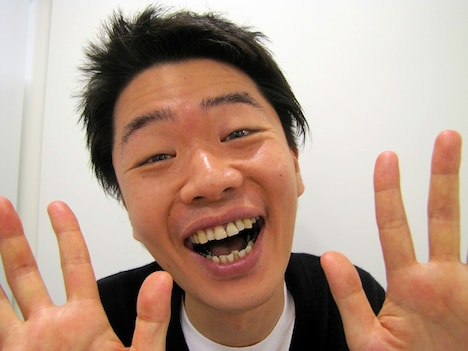 「座員・作家オーディション2012」にあたり、新喜劇の魅力を語った清水けんじ。